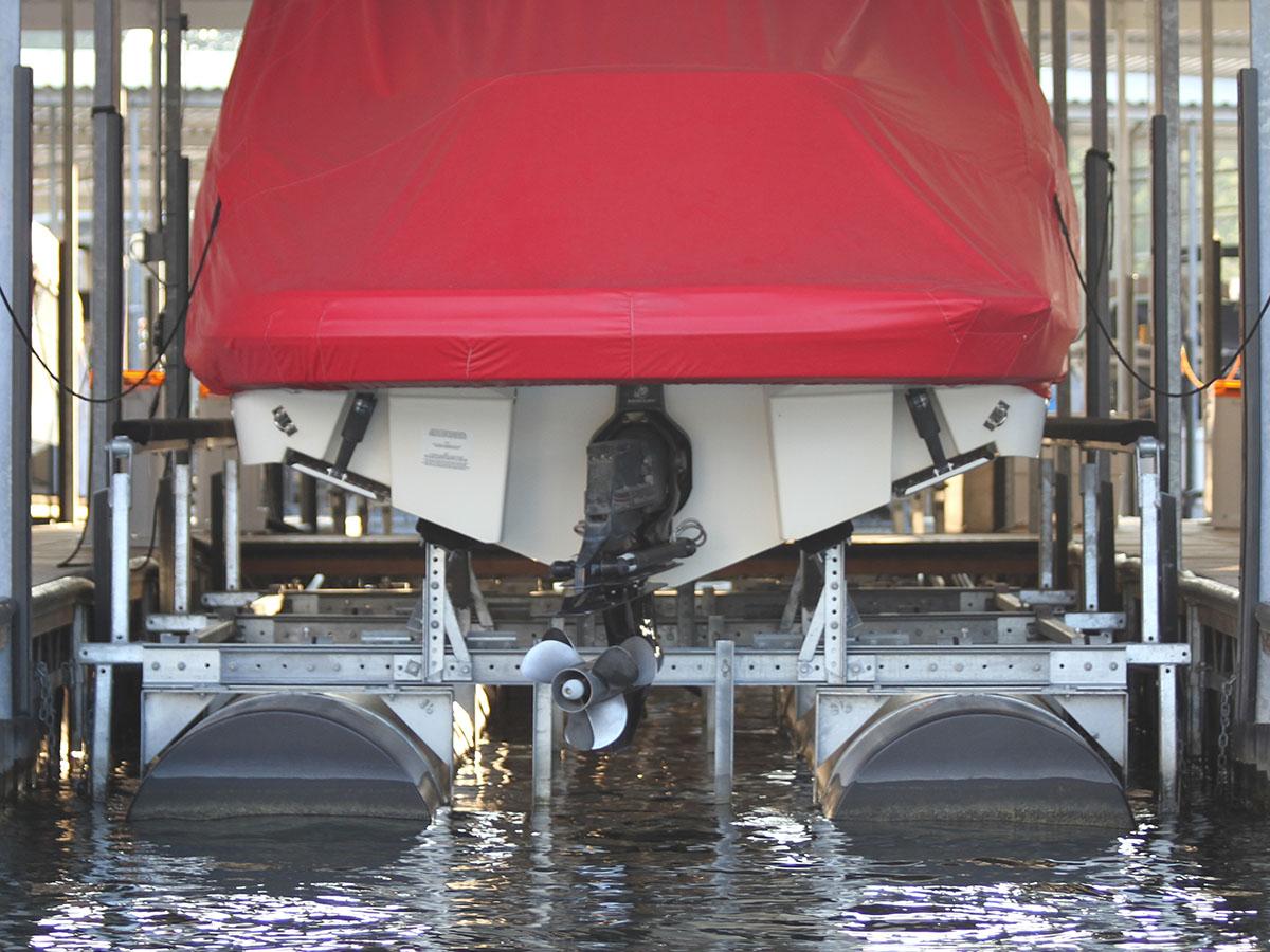 12,000 lb capacity boat lift