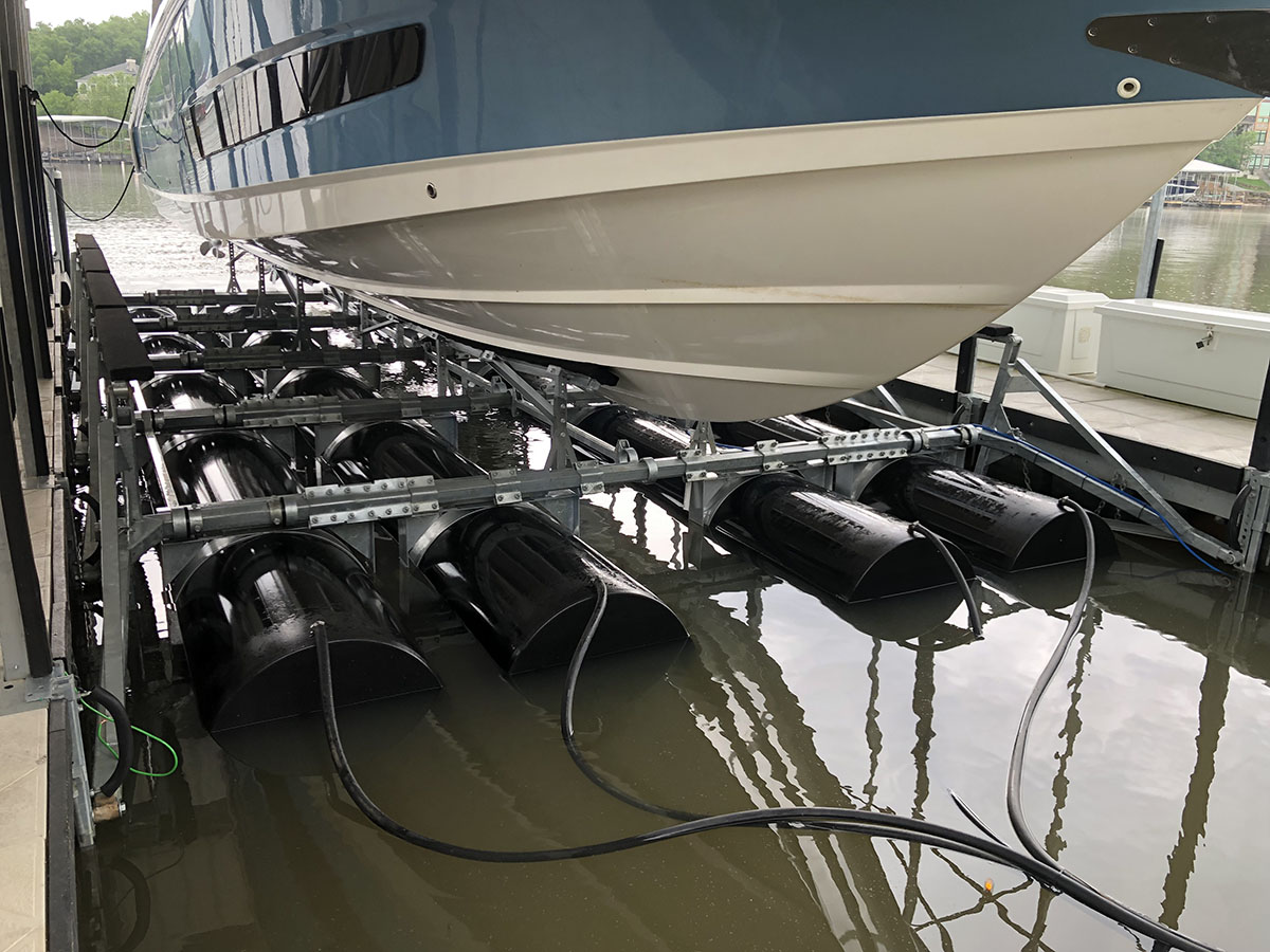 38,000 lb capacity boat lift