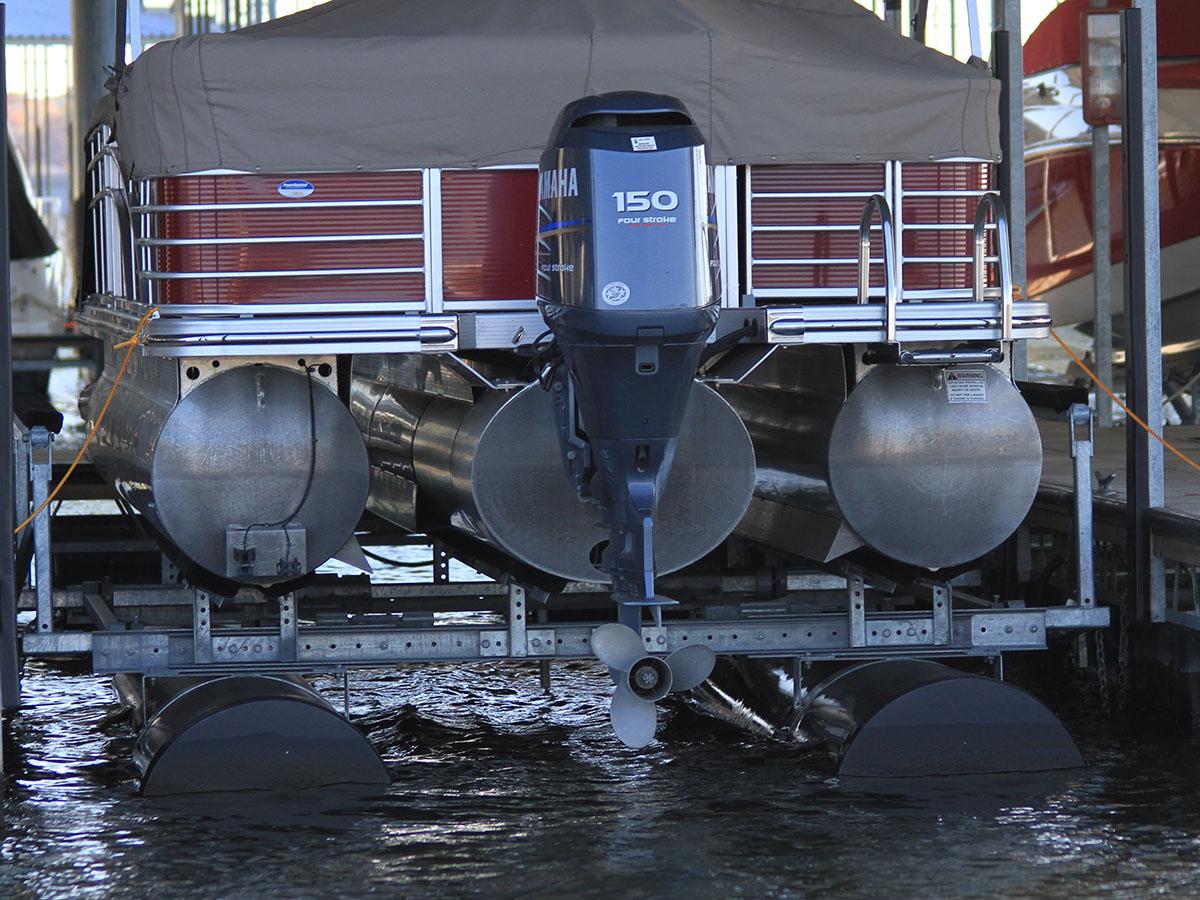 6,500 lb capacity boat lift